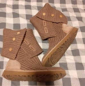 UGG Classic Cardy Boots Size 7 Tan